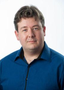 Gérard Laby, directeur de campagne adjoint. Une Equipe efficace.